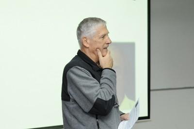 פרופסור שטיאסני בהרצאה. צילום: שרון צור, דוברות הטכניון