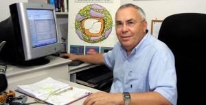 Professor Michael Aviram, The Lipid Research Laboratory