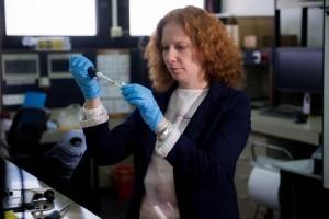 Assistant Professor Reut Shalgi in the laboratory. Photos: Shitzu; Technion Press Room