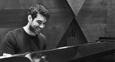 מני סונינו מסיים את לימודי הארכיטקטורה עם פרויקט גמר המחבר בין אדריכלות ומוזיקה