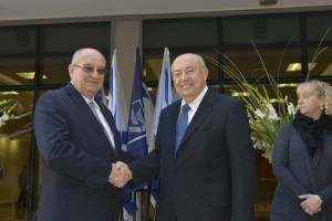 Prof. Andrew Viterbi (on the right, with Technion President Prof. Peretz Lavie)