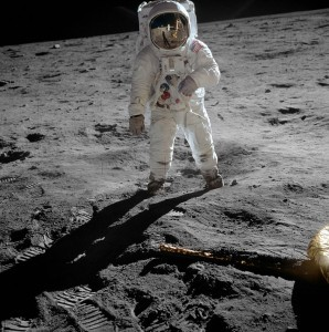 Aldrin walks on the surface of the Moon during Apollo 11 Photo: NASA