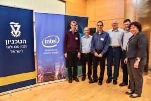 מימין לשמאל: שלומית וייס, גדי זינגר,יואב הוכברג, אריאל אורדע, רן סנדרוביץ ועירד יבנה.