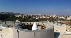 . תחנת ייחוס של הפרויקט הלוויני EGNOS על גג הפקולטה להנדסה אזרחית וסביבתית בטכניון