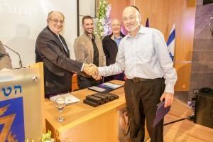 מוטי מאיר, מורה לאלקטרוניקה במכללת אורט – גבעת רם בירושלים