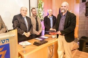 עמוס גואז, מורה לביולוגיה וביוטכנולוגיה במקיף ח' אשדוד