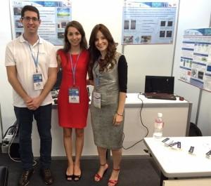 פרופ' יונינה אלדר (מימין) והסטודנטים טניה צרניקובה ורגב כהן