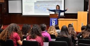 פרופסור דניאלה רווה, חברת סגל בפקולטה להנדסת אווירונוטיקה וחלל