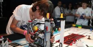 163 רובוטים יכבשו את היכל מנורה מבטחים בתחרות הרובוטיקה הגדולה בישראל של ארגון FIRST