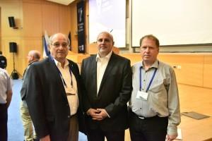 """פרופ' אלי ביהם (מימין) עם ד""""ר אביתר מתניה ונשיא הטכניון פרופ' פרץ לביא"""