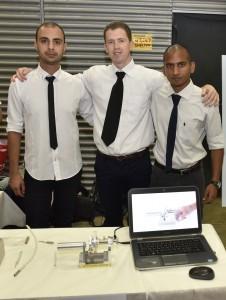 בתמונה הצוות הזוכה במקום השלישי: אסף אליאס, יאיר גרפונקל ויהושע אגיבייב