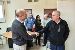 """השר ד""""ר יובל שטייניץ (מימין) עם דיקן הפקולטה להנדסה כימית פרופ' גדעון גרדר. קרדיט צילום: ניצן זוהר, דוברות הטכניון"""