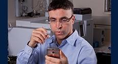פרופ' חוסאם חאיק מהפקולטה להנדסה כימית בטכניון