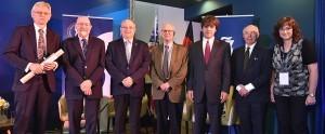 פרס הארווי לשנת 2016 הוענק על גילוי גלי הכבידה ועל פיתוח האופטוגנטיקה