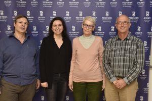 """מימין לשמאל : פרופ' דן גייגר, ד""""ר ארנה ברי, קרין איבשיץ סגל ופרופ' נחום שימקין"""