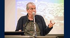 פרופ' אהרן צ'חנובר, חתן פרס נובל לכימיה לשנת 2004