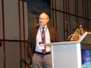 """פרופ' אפרים (אפי) גוטמרק מאוניברסיטת סינסינטי, זוכה הפרס הבינלאומי באוירונוטיקה וחלל ע""""ש מאיר חנין. צילום: עזרא לוי"""
