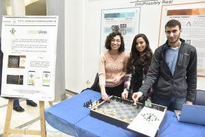 הסטודנטים אמאני שחאדה, מרח גומייד ומוחמד סמאר פיתחו את Chessuino