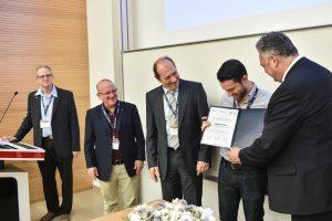 מימין לשמאל: פרופ' סבסטיאן שמידט (יוליך), חתן הפרס פרופ'-משנה מתי סאס, פרופ' יואכים מאייר (אככן), המשנה לנשיא למחקר פרופ' וויין קפלן ופרופ' יועד צור