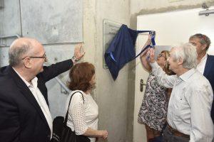 אלבר דלורו ורבקה בוכריס מסירים את הלוט
