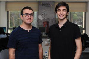 הסטודנטים רון מרקוביץ (משמאל) ויובל רון צילום : רמי שלוש, דוברות הטכניון