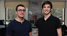 הסטודנטים רון מרקוביץ (משמאל) ויובל רון