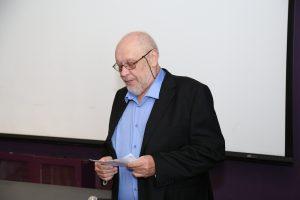 מנהל מכון המתכות בטכניון חיים רוזנזון