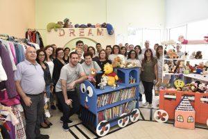 המתנדבים בחדר הילדים החדש