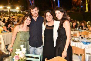 רונה רמון ומשפחתה
