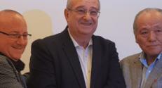 (L-R) Prof. Wayne Kaplan; Technion President Prof. Peretz Lavie; Mr. Noboru Tazaki, Vice Chairman, NICHIA