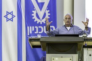 שמעון שיפר, עיתונאי