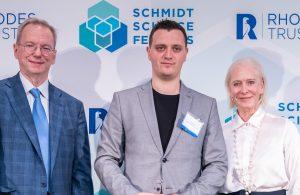 l-r: Eric Schmidt, Grisha Spektor, Wendy Schmidt.