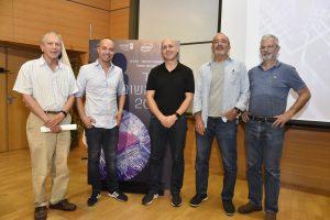 2.מימין לשמאל: דדי פרלמוטר, פרופ' אורי וייזר, אורי פרנק, טל ברמן ומארגן האירוע פרופ' שוקה זאבי מהפקולטה להנדסת חשמל בטכניון