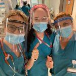"""אחות ושתי רופאות בקריה הרפואית רמב""""ם עם מגיני הפנים"""