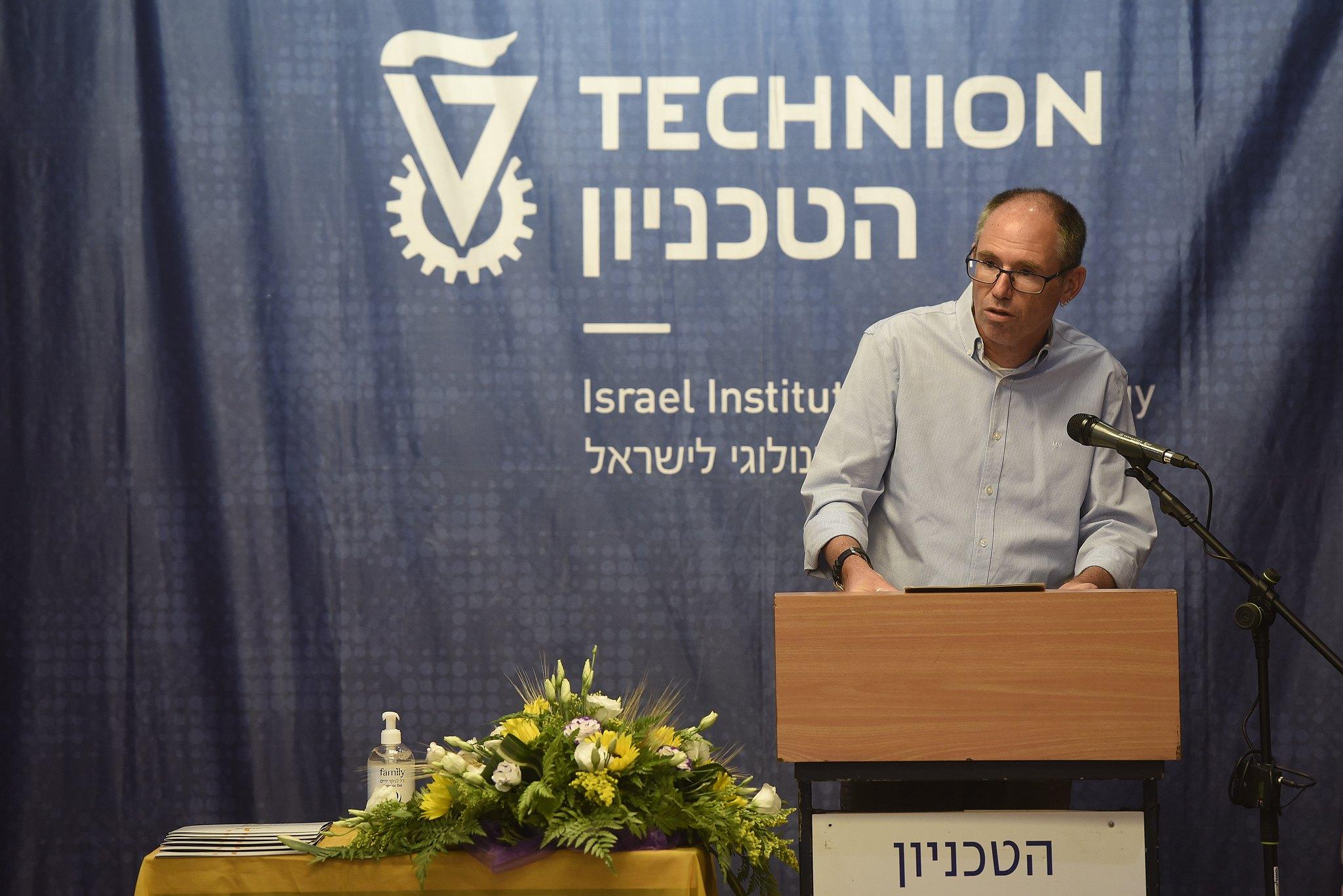 המשנה הבכיר לנשיא הטכניון פרופ' עודד רבינוביץ' בטקס